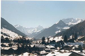 Гштаад. Бернские Альпы. Швейцария