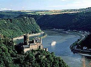 Скала Лорелеи на Рейне.