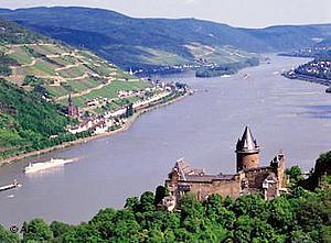 Молодежная турбаза на Рейне.